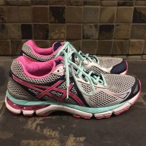 ASICS GT-2000 Running Shoes Size 9